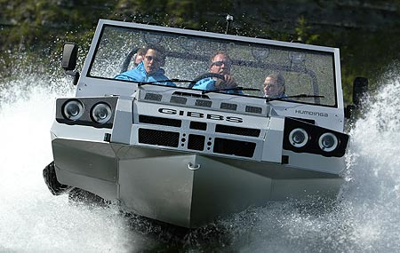 Humdinga amphibious vehicle