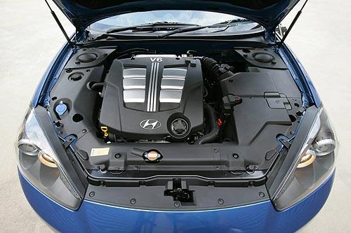 The 2.7-litre Tiburon V6 sits off-centre