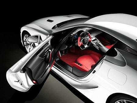 Driver's side view of the 2010 Lexus LFA