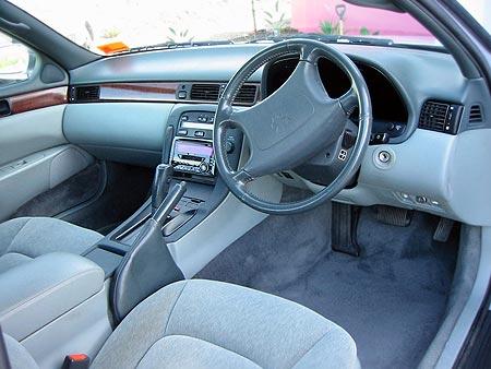 Toyota Soarer interior
