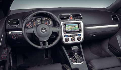 Volkswagen Eos White Night dash