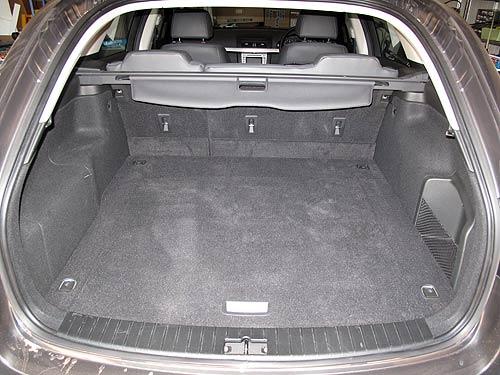berlina-sportwagon-luggage2