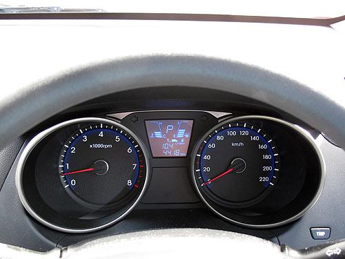 hyundai-ix35-dashboard