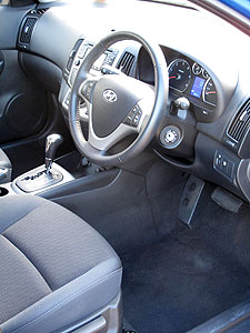 i30CW-front-seat