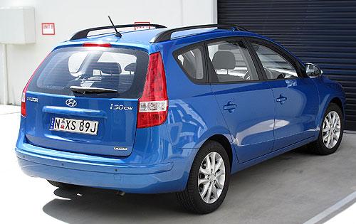 i30CW-rear
