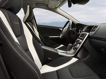 volvo-s60-interior
