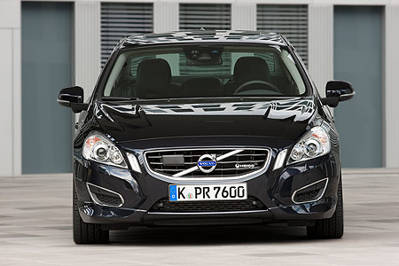 volvo-s60-t6-front