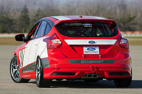 ford-focus-concept-rear