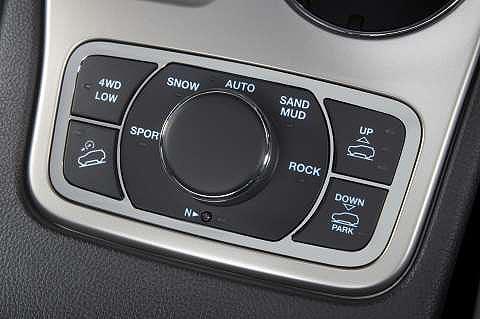jeep-grand-cherokee-controls