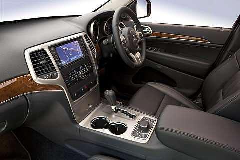 jeep-grand-cherokee-dashboard