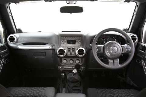 jeep-wrangler-dashboard