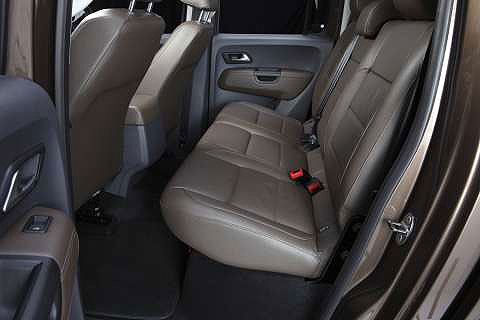 vw-amarok-ultimate-interior-2