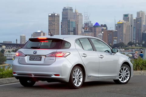 lexus-ct-200h-rear