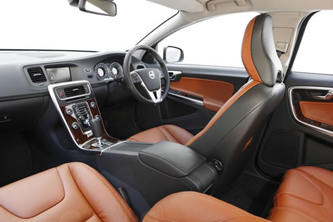 s60-sports-wagon-interior