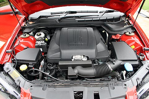 seriesII-sv6-sportwagon-engine