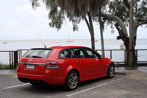 seriesII-sv6-sportwagon-rear-2