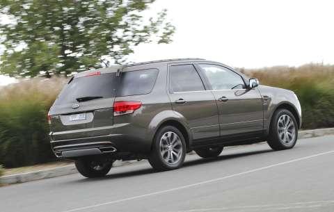 2011-ford-terrirtory-rear