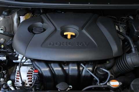 2011-elantra-engine