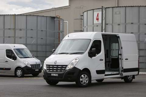 side view of the renault master