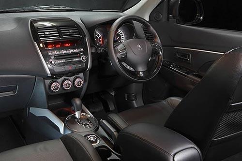 Peugeot 4008 dashboard