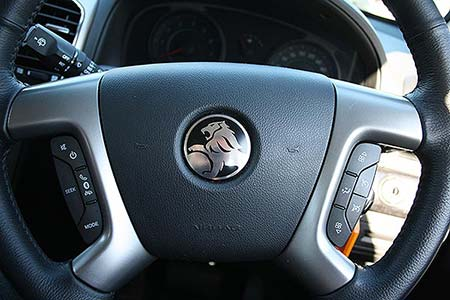 Holden Captiva 7 steering wheel