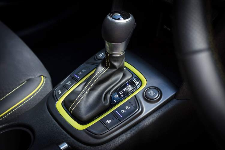 Hyundai Kona gearshift