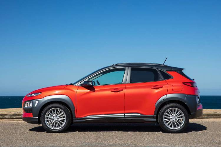 Side view of the Hyundai Kona SUV